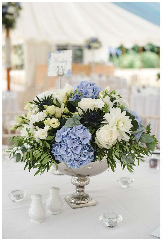 Cotswold Marquee wedding - table centre