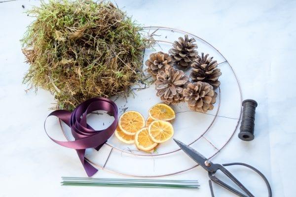 Christmas Door Wreath Kit Contents