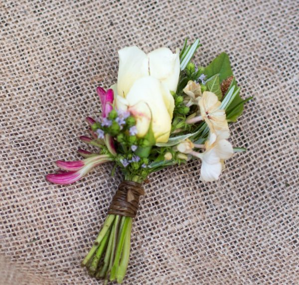Buttonhole tied with twine