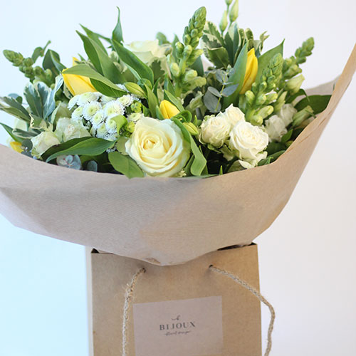 Sunshine gift bouquets for delivery Bristol